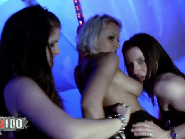 Porn video :   Allya Amelie Jolie Krystal Terry photo 01