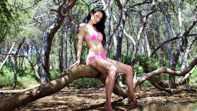 Amadea Emily Photo 3