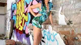 Pornostar petite brunette Amel Annoga ...photo 3