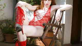 Nice redhead Aurora Viper doing a hot ...photo 1