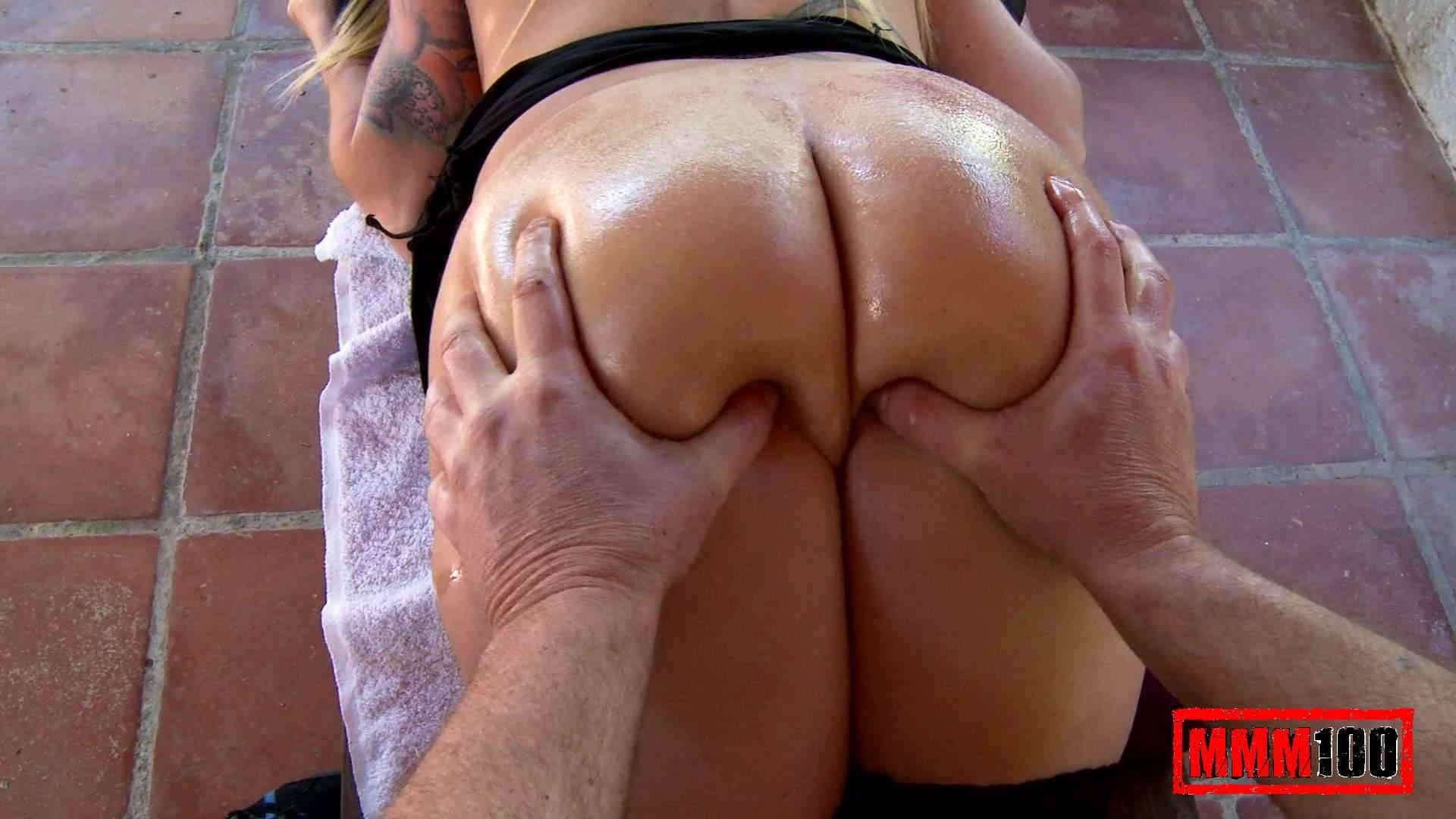 Massage avec branlette vidéo
