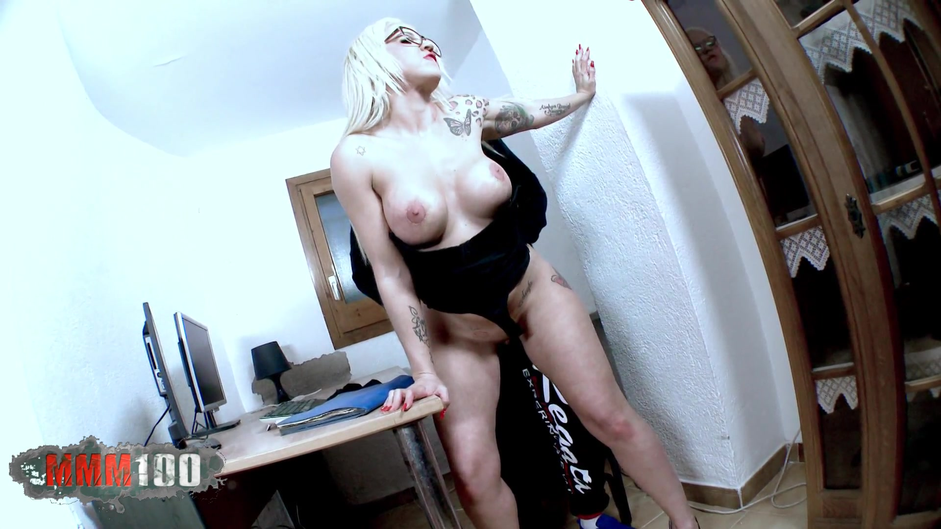 Ayesa Secretaria Debota Porno devoted secretary | mmm100