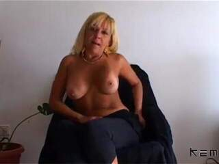 Barbara Blonde Webcam
