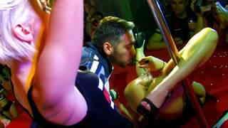 Barcelona 2010 Jordanne Kali Milky 03 Public show of Jordanne Kali and Milky Cooper