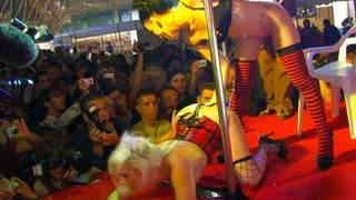 Barcelona 2010 Jordanne Kali Milky 05
