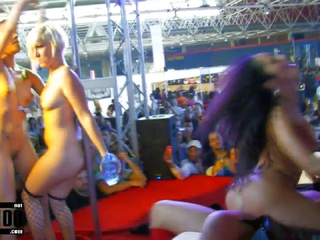 Porn video :   Barcelona 2010 Jordanne Kali Milky Penelope Tiger Jenny One Samia Duarte photo 11