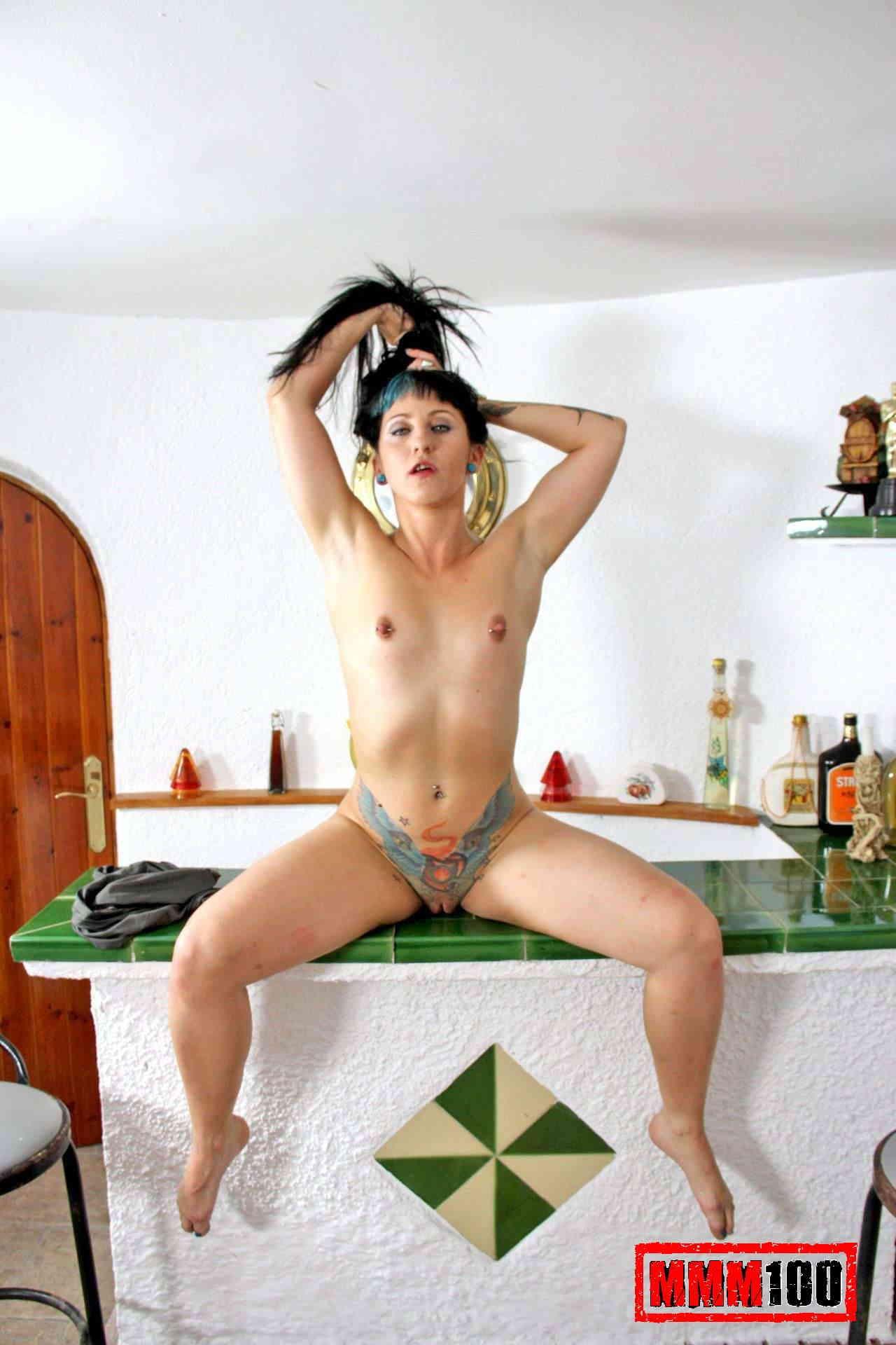 Horny snapchat sluts naked