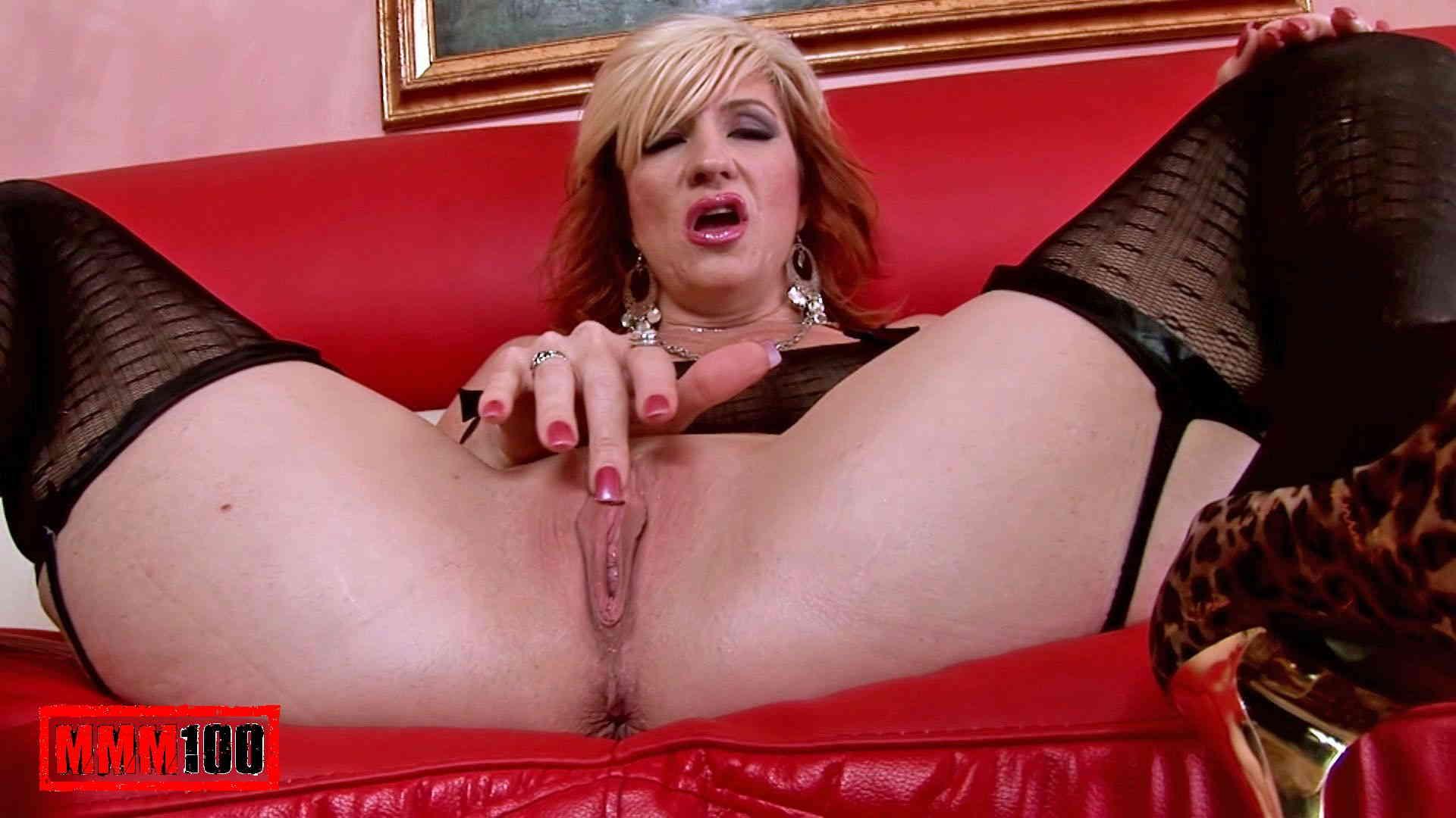 Monica Hq mature slut pics compilation