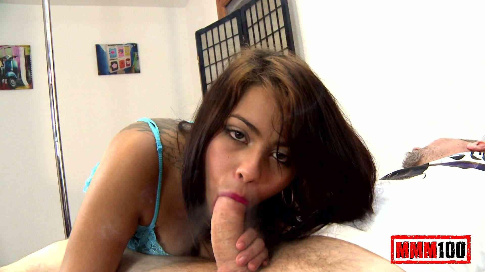 hot latina blow