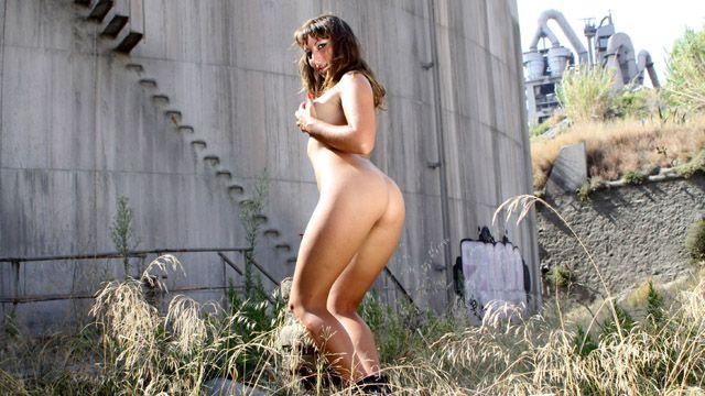 Charlotte De Castille Free Sexy Photo #036