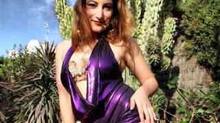 Sexy Video: Charlotte De Castille