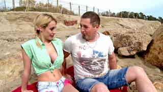 Pornstar Chessie Kay Sex scene on the beachphoto 1
