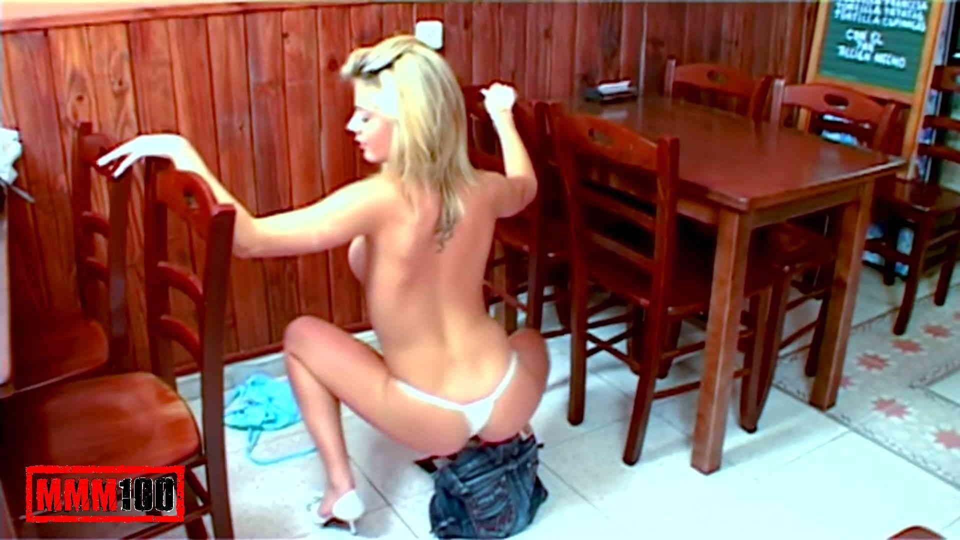 galeria foto mulata desnuda: