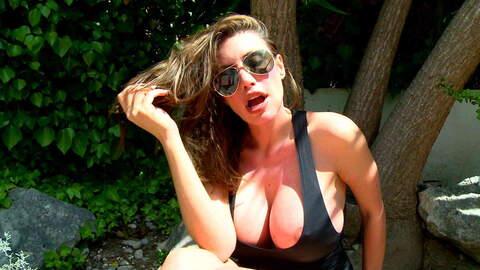 Entrevista sexy con Clanddi Jinkcego