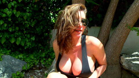 Interview porno with Clanddi Jinkcego ...photo 3