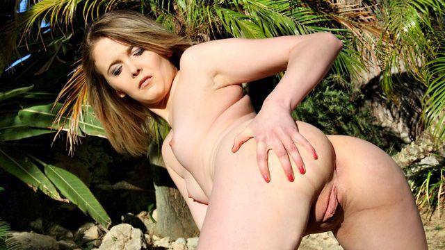 Cristal Bardzo Free Sexy Photo #052