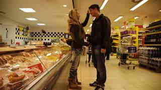 Fresh meat shopping   photo 01