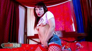 Pretty MILF gets fucked in the wood photo 1