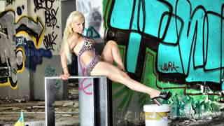 Mature blonde with big boobs Debora X ...