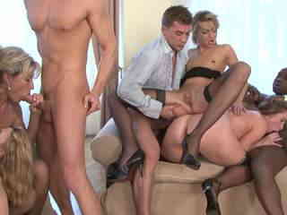 Anal and DP for a big orgy Photo
