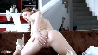 Lovely little redhead Emy Russo dancing and stripping live on the webcam   photo 10