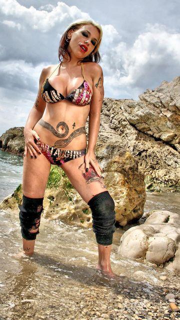 Gina Snake Free Sexy Photo #008