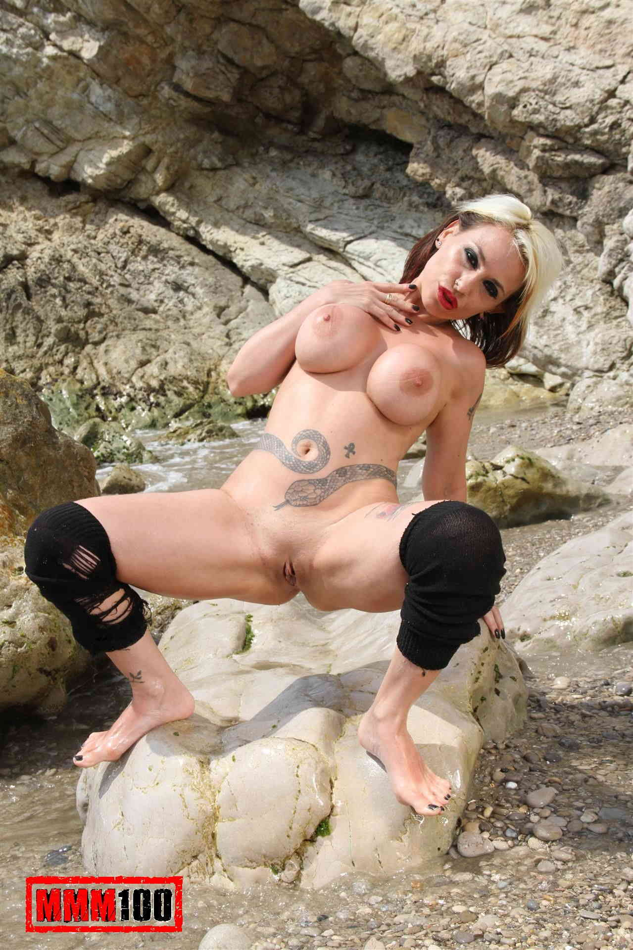 Porn gallery with snake naked clips
