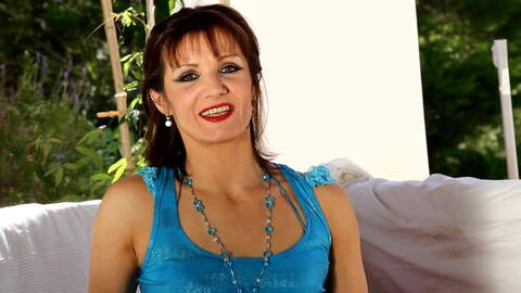 Video interview sexy with Heloise Daco...photo 1