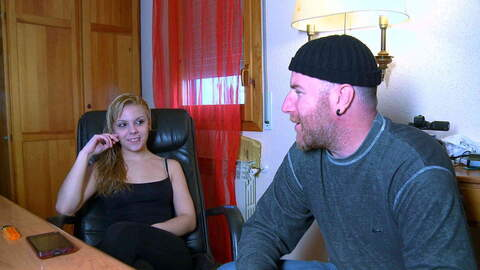 Video interview sexy with Jakeline Tee...photo 1