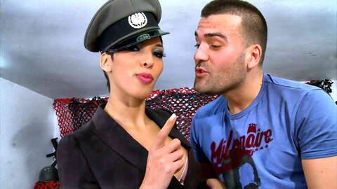 Vicious recruit meets sexy Jasmine! photo 3