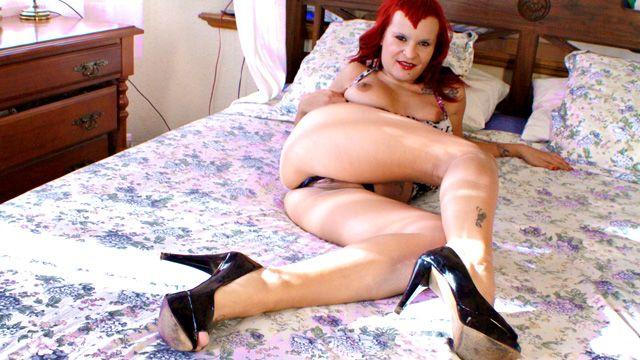 Jenny up Destroy Photo 1