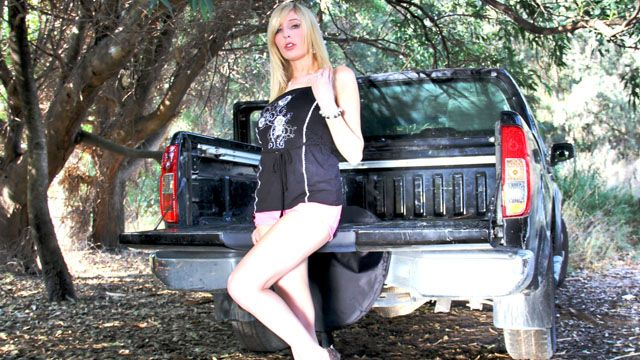 Jessica Jensen Photo 4