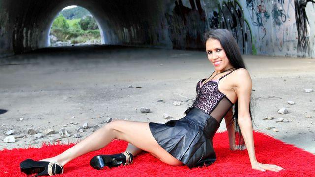 Kandy Wet Photo 2