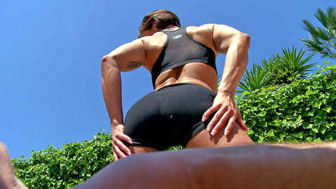 Muscle girls likes to fuck hard  photo 3
