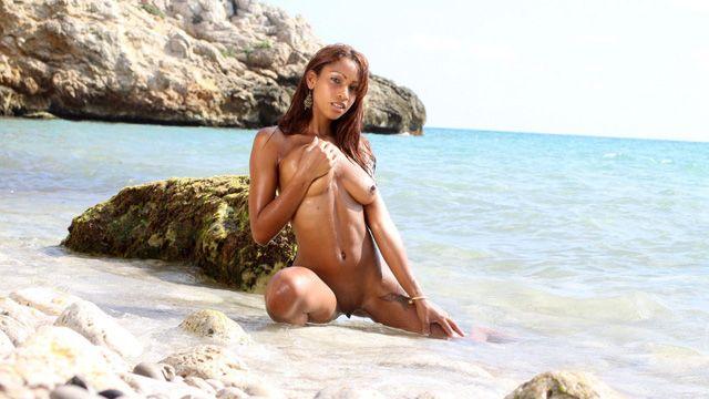 Katia De Lys Free Sexy Photo #053