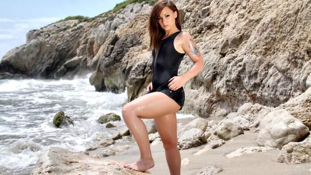 Kim Equinoxx Photo 3