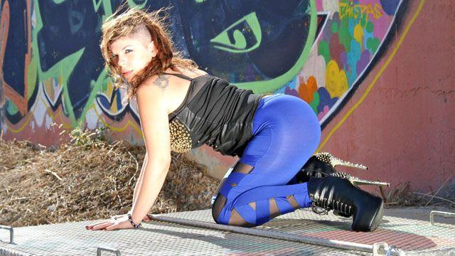Kimy Blue Photo 4