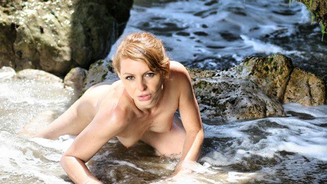 Leane Fontaine Photo 5