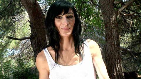 Interview porno with Linda India  photo 4