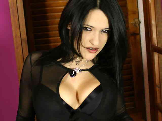 Lovely with big boobs Lisa Spice doing a strip with a black outfit   photo 03
