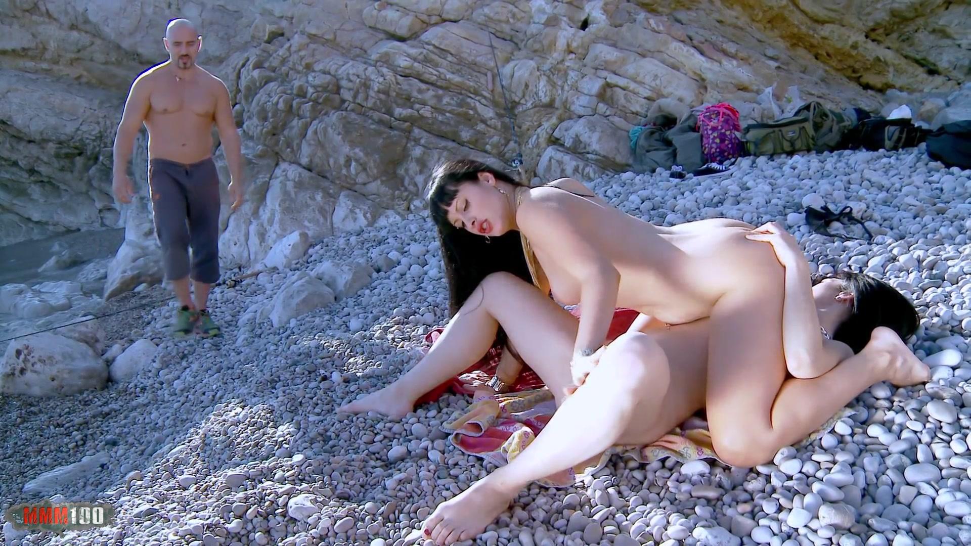 Nadia Da Ferro Porno Online Alluc nadia daferro gallery : assfucked at the beach