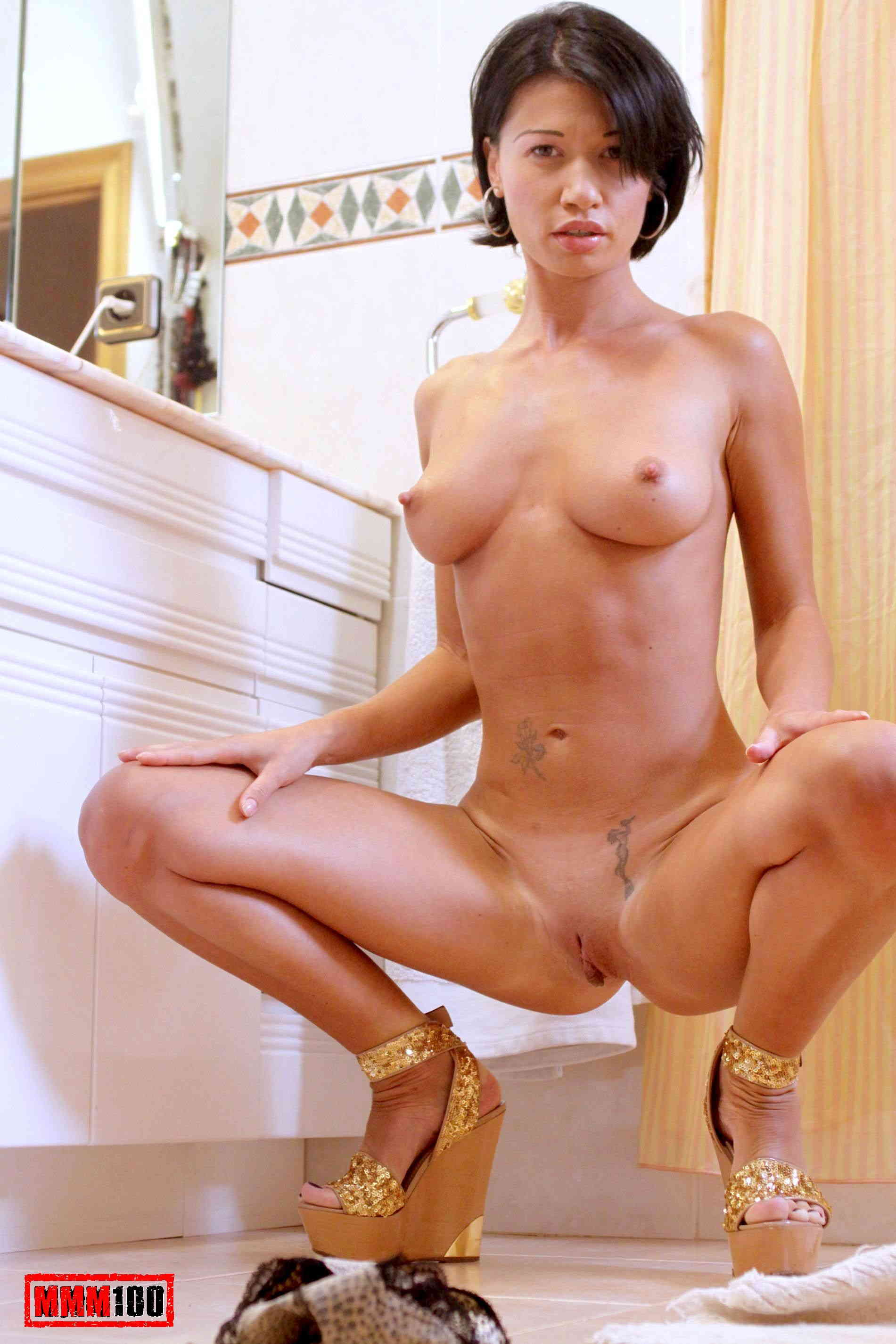 Justine photos nude