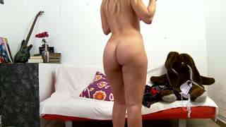 Cute blonde with big boobs Mar Punch removing clothes alone on her webcam   photo 15