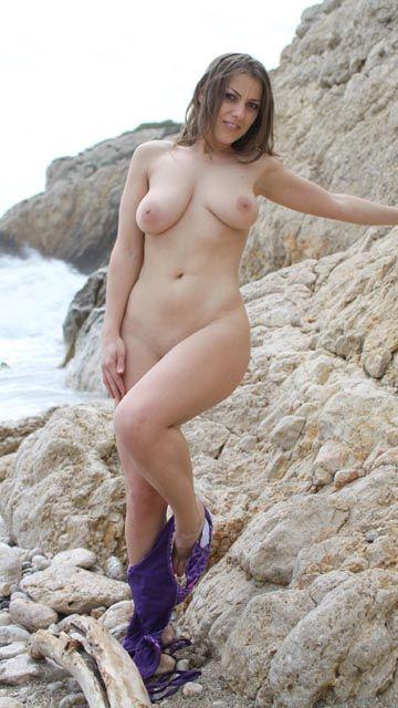 Maya Free Sexy Photo #041