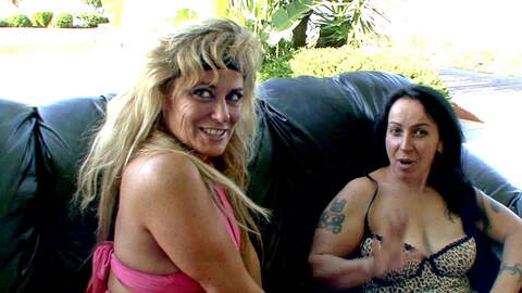 Two nasty mature whores eating pussi...photo 1