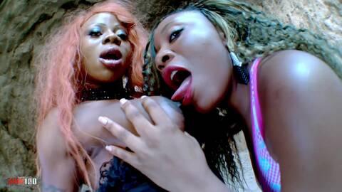 Blacks lesbians fingering and dildoing...photo 1