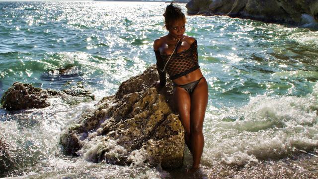 Naomi Lionness Photo 5