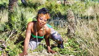 Hot ebony Naomi Lionness getting naked   photo 02