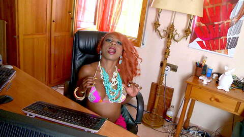 Pretty ebony Naomi Lionness stripping ...photo 1