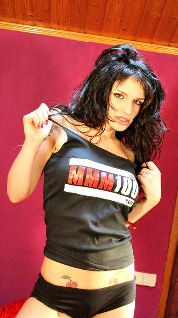 Nina Roberts Free Sexy Photo #011